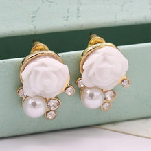 Fashion Jewlery Crystal Stud Earrings Simulated Pearl Rose Flower Earring For Woman(China)