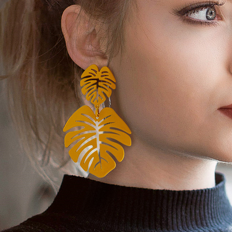 BICUX-Statement-Big-Leaf-Drop-Earrings-for-Women-Fashion-Vintage-Geometric-Long-Metal-Round-Dangle-Earring