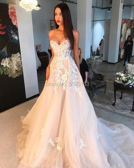 Off Shoulder Champagne Wedding Dresses 3D Ivory Appliques A Line Sweetheart Lace Corset Back Brides Married Gowns 2021 Formal 3