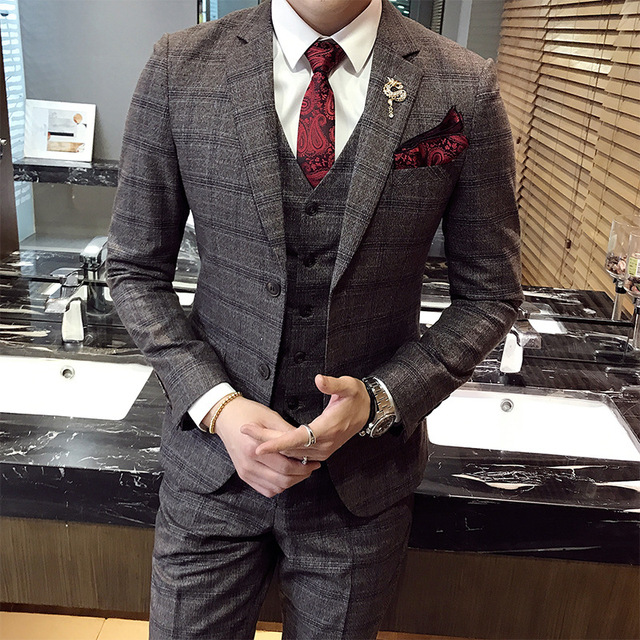 e2e1714fd Envío Gratis nueva moda de alta calidad mens Plaid trajes casual negocios  vestido boda del novio masculino 3 piezas CSMS014