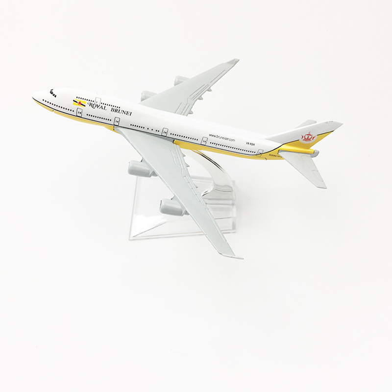 US $10 99 40% OFF|Royal Brunei Airlines Aeroplane model Boeing 747 airplane  16CM Metal alloy diecast 1:400 airplane model toy for children Free -in