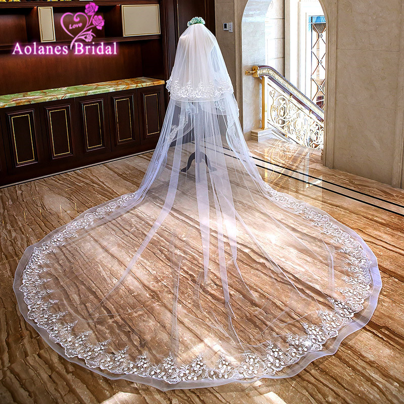 AOLANES 2018 Light Ivory 3M Wide 3.5 Long Lace Edge Cathedral Wedding Veil Two-layer Appliques Bridal Veils With Comb Sluier