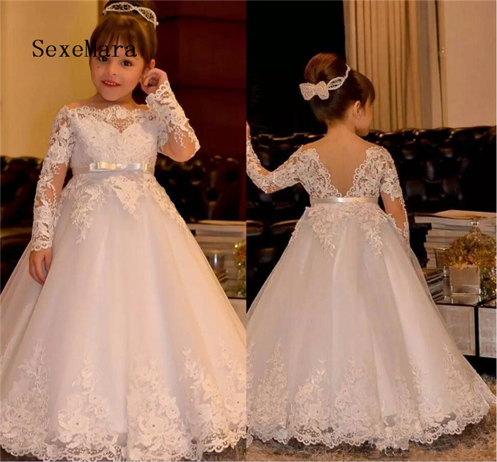 2018 Cute Off Shoulder Bateau Long Sleeves Flower Girls Dresses With Sash Princess Lace Appliques Tulle Wedding Girls Dresses burgundy lace up design one shoulder long sleeves sweaters
