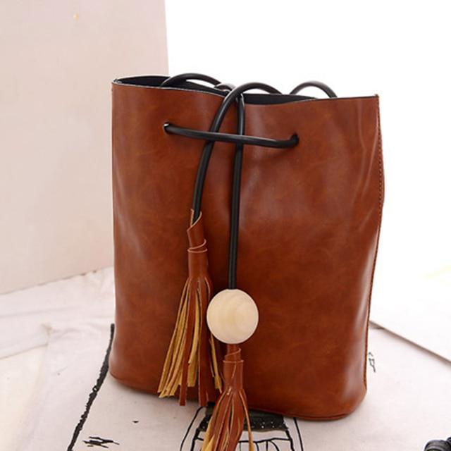 Vintage Tassel Bucket Bag Women Fringe White Ball Female Messenger Shoulder Crossbody Bag PU Leather Satchel String Handbag P339