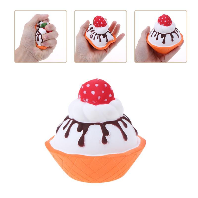 Cute Strawberry Cake Shape Cartoon Slow Rising Cake Toy Kids Fun Toy Gift Girls Boys Pretend Play Food Kitchen Toys