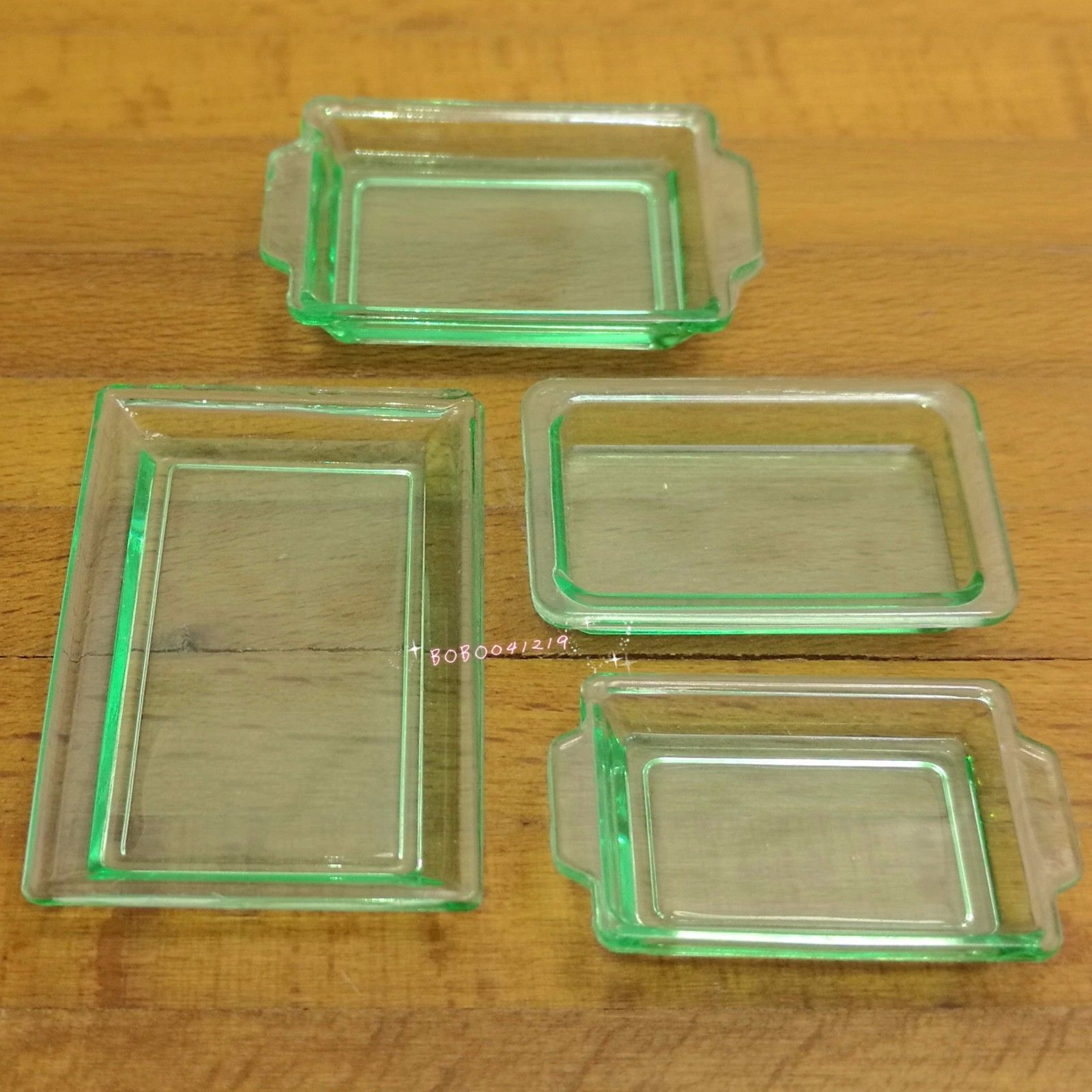 Miniature Green Metal Food Drink Serving Trays Model Toy for 1:12 Dollhouse