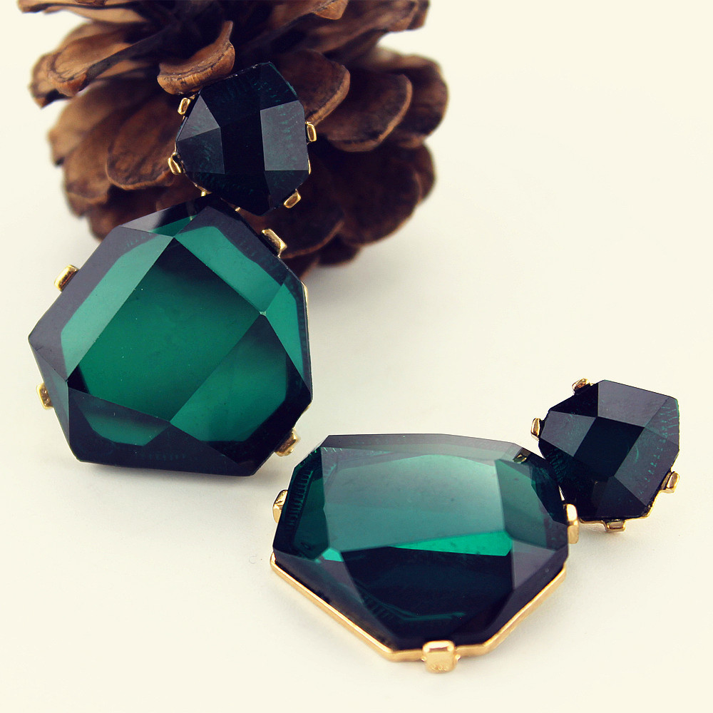 Free shipping 2015 European and American pop star shaped earrings accessories earrings for women