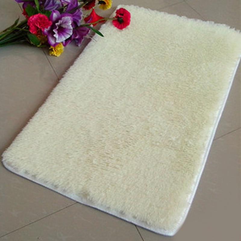High Quality Pleuche Non-slip Bedroom Door Dustproof Plush Bath Floor Mat Beige Light Yellow