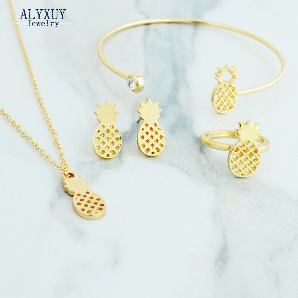 New fashion trendy jewelry pineapple necklace bracelet set Trendy womens gifts 2015