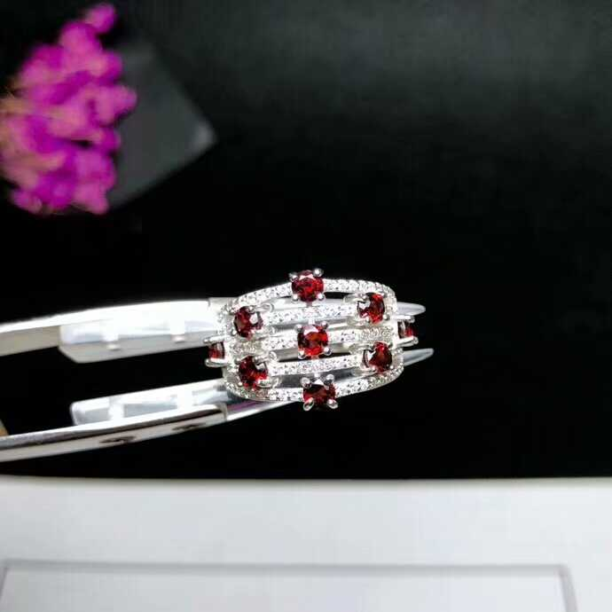 [MeiBaPJ คุณภาพดีธรรมชาติพลอยสีแดง Garnet แหวนผู้หญิงแท้ 925 Silver Charm เครื่องประดับ Fine