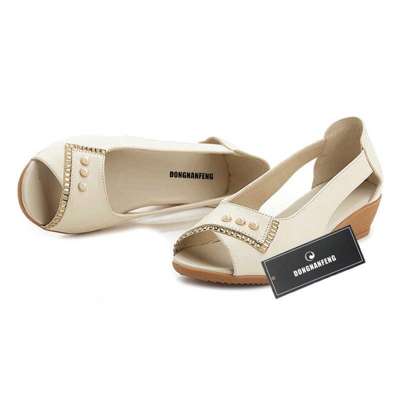 DONGNANFENG נשים מקרית ישן אמא גבירותיי נקבה פרה אמיתי עור נעלי סנדלי קיץ מגניב חוף להחליק על 35-41 MLD-5008