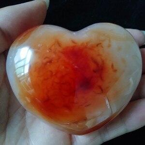 Image 3 - 1 قطعة الطبيعية الأحمر العقيق القلب النخيل ألعوبة hoime الديكور الأحجار بلورات استشفاء
