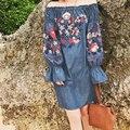 Summer Dress 2017 Новая Мода Sexy Slash Шеи Вышивка Цветочные Denim Dress Женщины Пляжу Случайный Dress Vintage Robe Ретро Vestidos