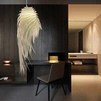 Nowoczesne romantyczne skrzydła anioła PVC wisiorek z piórkiem lampa wisząca Lamparas Lustre 110 240V E27 podświetlana podstawa do sypialni w Wiszące lampki od Lampy i oświetlenie na