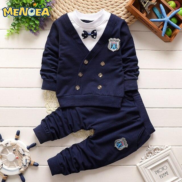 Baby boy одежда 2017 Осень Повседневный стиль одежда для новорожденных наборы лук красивый отворот с длинными рукавами детей спортивный костюм бесплатно доставка