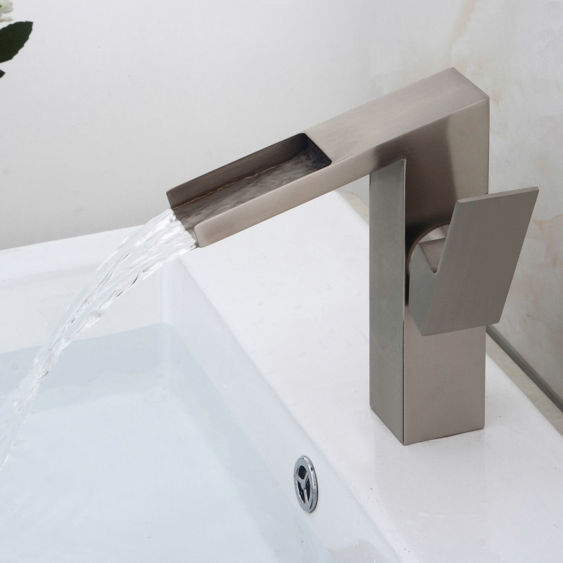 Classic Silver Basin Faucet Brass Brushed Kitchen Faucet Square Single Handle Single Hole Deck Mounted Mixer Water Taps antique crystal kitchen faucet solid brass brushed basin facuets swivel single handle hole sink mixer water taps deck mounted
