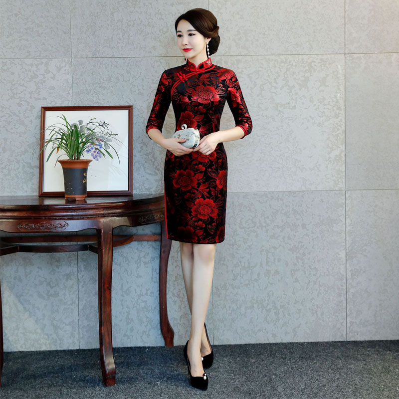 Chinese Traditional Costume Mature Women Tighten Dresses ...