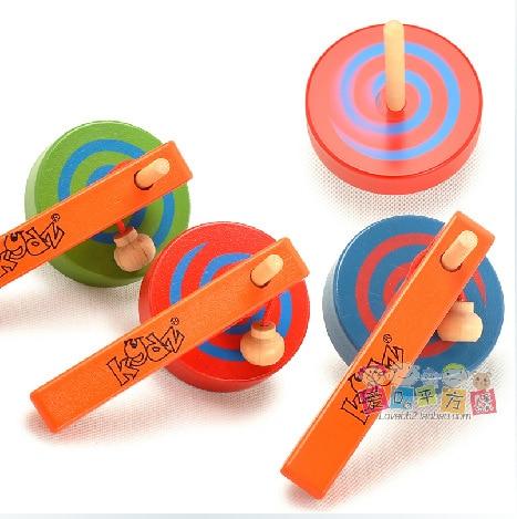 Çok renkli çocuk ahşap iplik üstleri kolu ve halat ile / büyük boy Çocuk Çocuk klasik set çocuklar açık oyun oyuncaklar tops