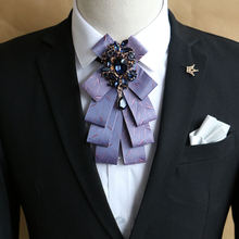 Деловые костюмы в британском стиле; Галстук бабочка для мужчин;