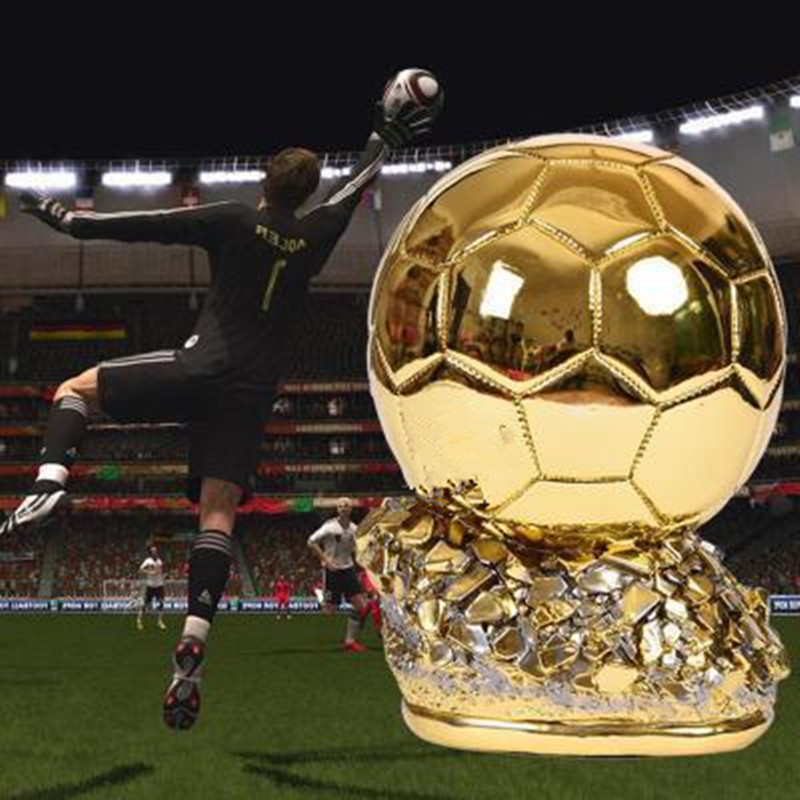 Man Of The Match Gold Plating Trophy Colophony Crafts Soccer Fans Souvenir Football Match GOLD BALL Trophy Toy G830