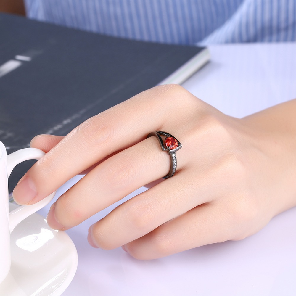 Promotion personality Black gun color ring crystal from Austrian ...