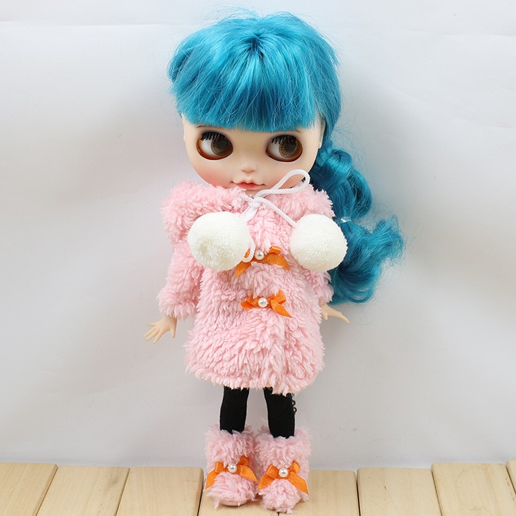 Neo Blythe Doll Winter Suit With Shoes & Stocking 4