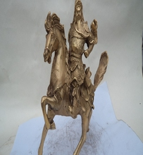 A horse like the statue of Guan Gong Guan copper ornaments knife Zhaocai Fortuna Wu decoration house