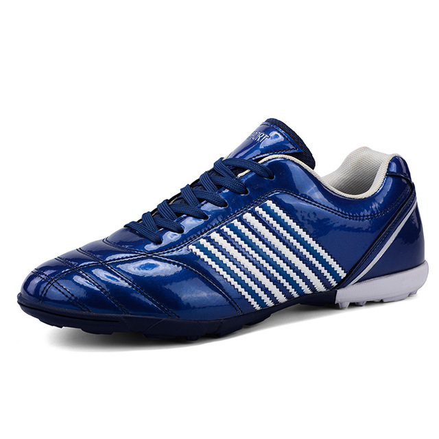 b2b5f840e Broken Nail Training Indoor Men Soccer Shoes Cleats Football Boots For  Futsal Boys Soccer Sneakers Plus Size 32-44 Size
