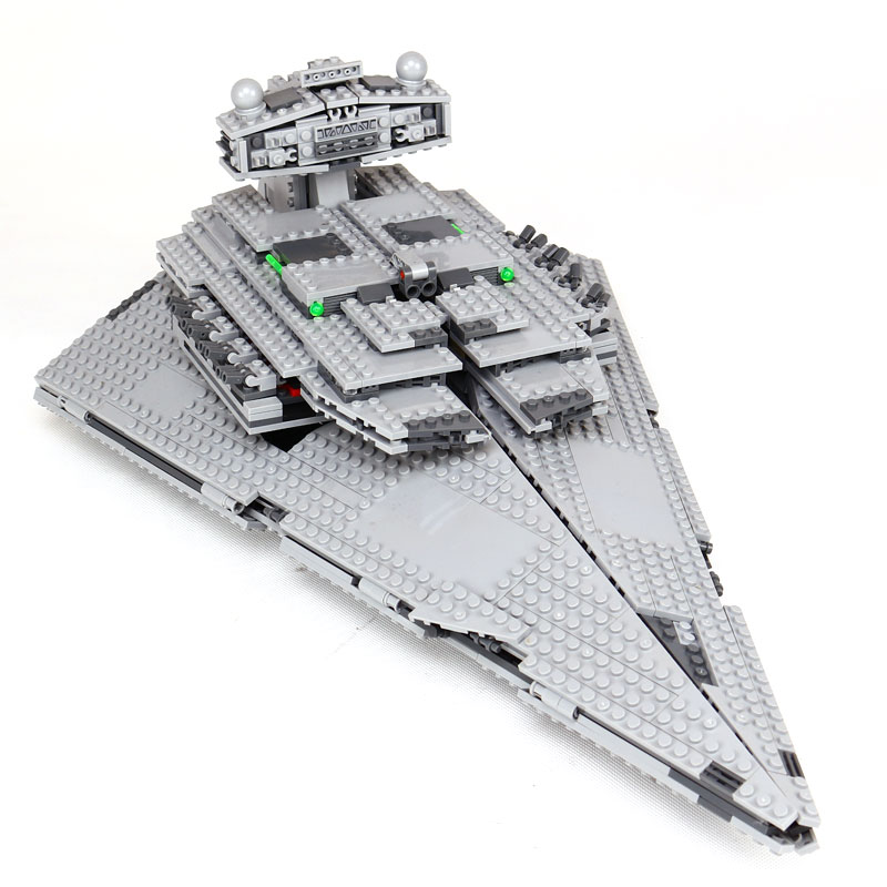 LEPIN 05062 1359pcs Star War Series The Imperial Super Star Destroyer Set Building Blocks Bricks Compatible legoed 75055 Toy new lepin 16009 1151pcs queen anne s revenge pirates of the caribbean building blocks set compatible legoed with 4195 children