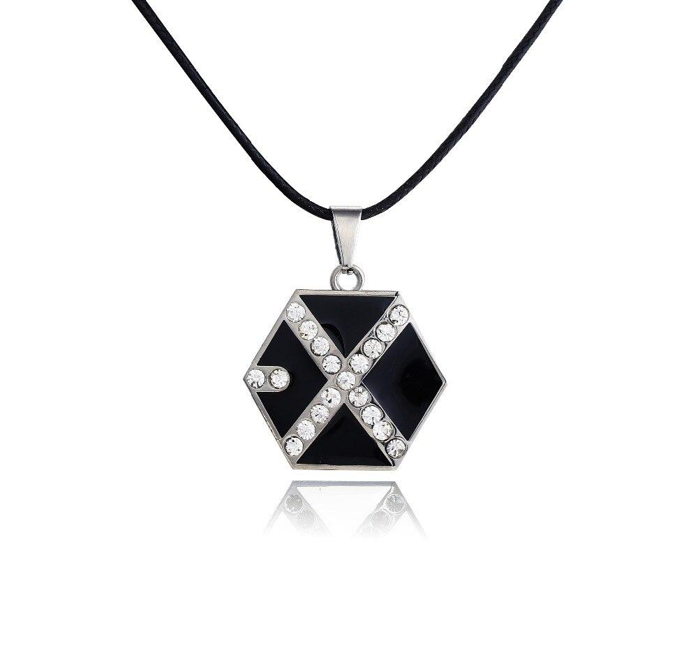 28b944f3e29 Hot NEW bijoux Corée collier super star EXO fans Alliage collier de mode  argent noir Caractère X pendentif