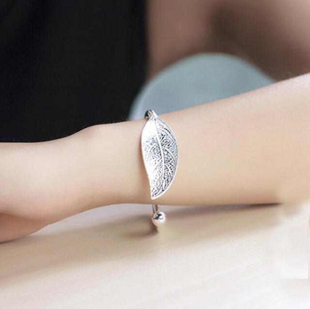 Fashion Trendy Open Leaf Cuff Women Simple Plant Bracelet