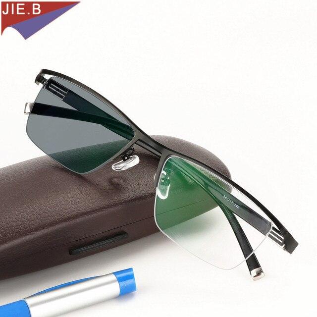 새로운 디자인 Photochromic Reading Glasses 남성 하프 림 티타늄 합금 노안경 안경 diop터가있는 선글라스 변색