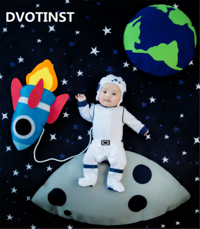 все цены на Dvotinst Baby Photography Props Astronaut Theme Background Costume Clothes Set Fotografia Accessory Studio Shoot Photo Props