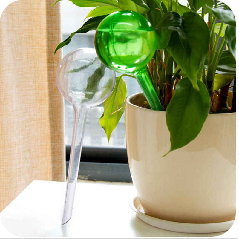 4Pcs/Set Ball Houseplant Automatic Watering Device Plant Pot Bulb Globe Garden House Watering Tool Plastic Indoor Plant Waterer