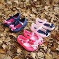 2017 new hot meninas bonitos do bebê crianças detalhadas geléia bowknot boca de peixe sandálias botas shoes frete grátis