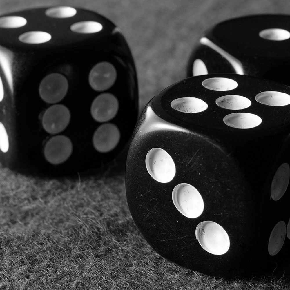10 قطعة مجموعة نرد الأسود النردات المتداول النرد البلاستيك الألعاب 12 مللي متر حفلات مجلس لعبة ستة الوجهين نادي نادي بار الترفيه الألعاب