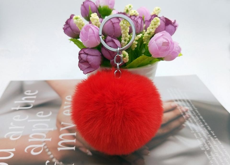 HTB1pWAqn dYBeNkSmLyq6xfnVXa4 - 20 Colors Fluffy Fur Pom Pom Keychains Soft Faux Rex Rabbit Fur Ball Car Keyring Pompom Key Chains Women Bag Pendant Jewelry Diy