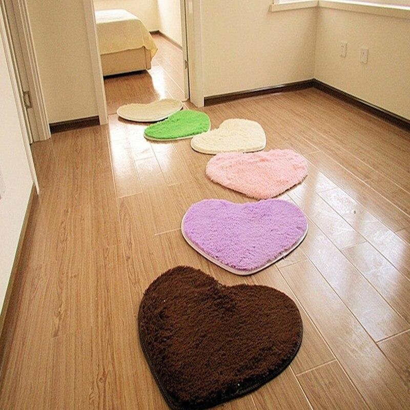 Романтический tanabata подарок в форме сердца шелк волос ковры для спальни гостиной журнальный Столик Прикроватный любовь форма коврик