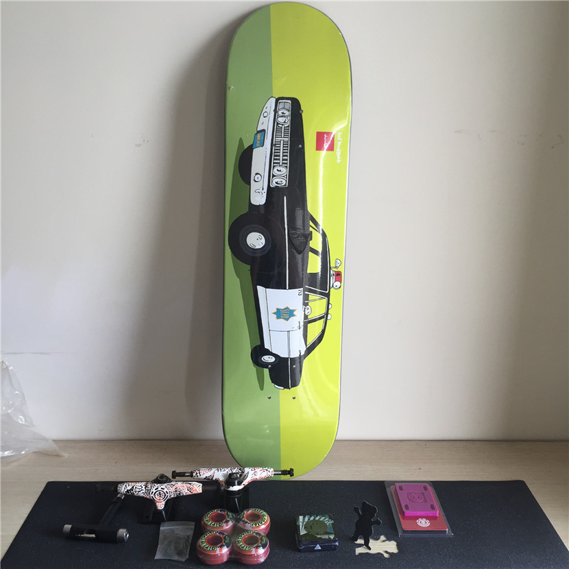 Complete Skateboard Set Plus Pro Deck Truck Wheels & Bearings with Skateborad Accessories