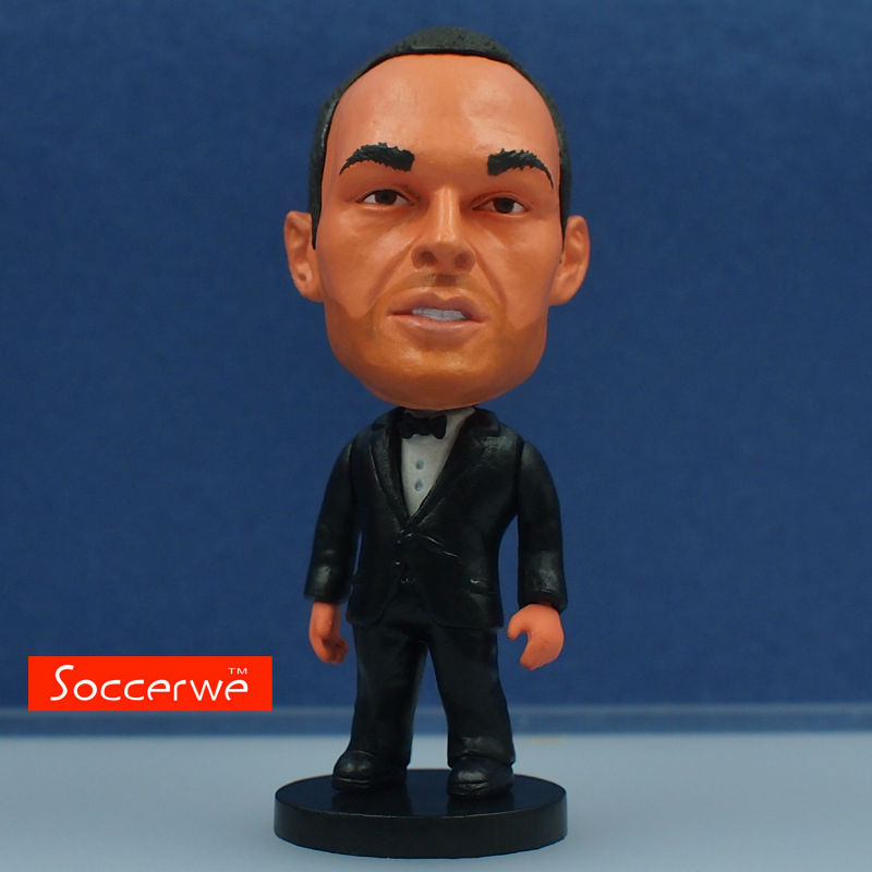 Soccer Star INIESTA (Full Dress) Dolls 2.5 Figurine