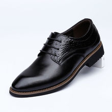 2017 Men Genuine Leather Dress Shoes Oxfords Men Lace-Up Low Top Pointed Toe Casual Shoes Men Fashion Breathable Business Shoes