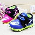 Niños Zapatos Casuales 2016 Nueva Moda Niños Niñas Deporte zapatos Lindos Del Bebé de Arranque Zapatillas de Deporte Envío Gratis