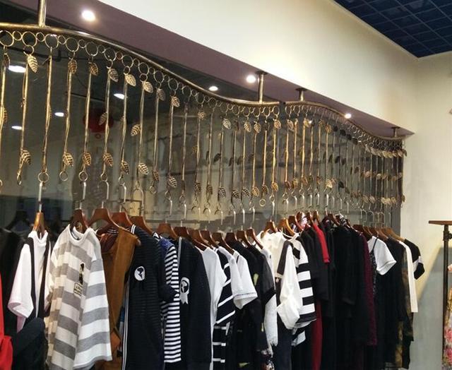 Présentoir de magasin de vêtements | Présentoir de magasin de vêtements Support mural latéral Supports combinés rétro | Supports Hanging.009