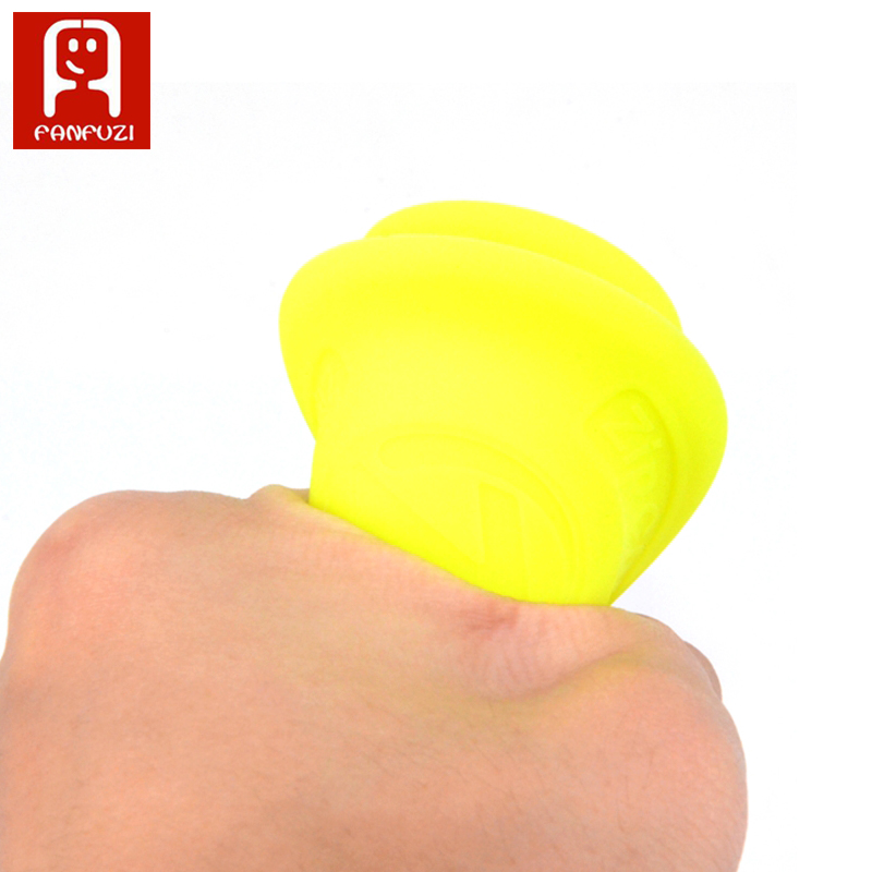 The-Balance-of-Flying-Saucer-Mini-Silicone-Frisbee-toys-Flying-Saucer-Can-Fly-More-Than-60-Meters-To-Play-3
