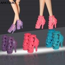 8c1a36ecfc 4 pares set cor aleatória de alta-sapatos de salto alto para barbie doll  brinquedos de Natal presentes no aniversário para a men.