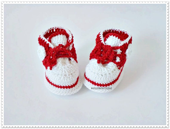 Crochet baby shoes, Red baby Newborn slippers, Baby gift casual shoes