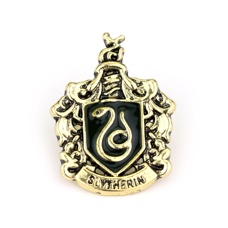 Slytherin Badge Brooch Hogwarts Magic School High Quality Snake Logo Caught in the Scarf Brooches Enamel