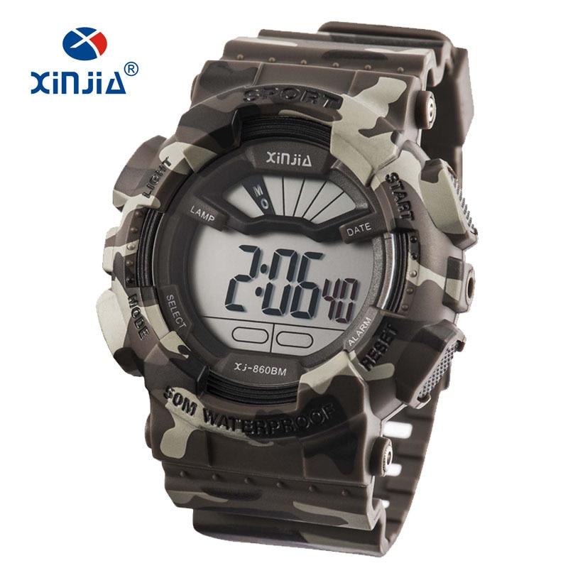 2017 Nové XINJIA vojenské hodinky Army Camouflage Sportovní LCD Digitální pánské venkovní nárazuvzdorné vodotěsné 50M Relogio Diver