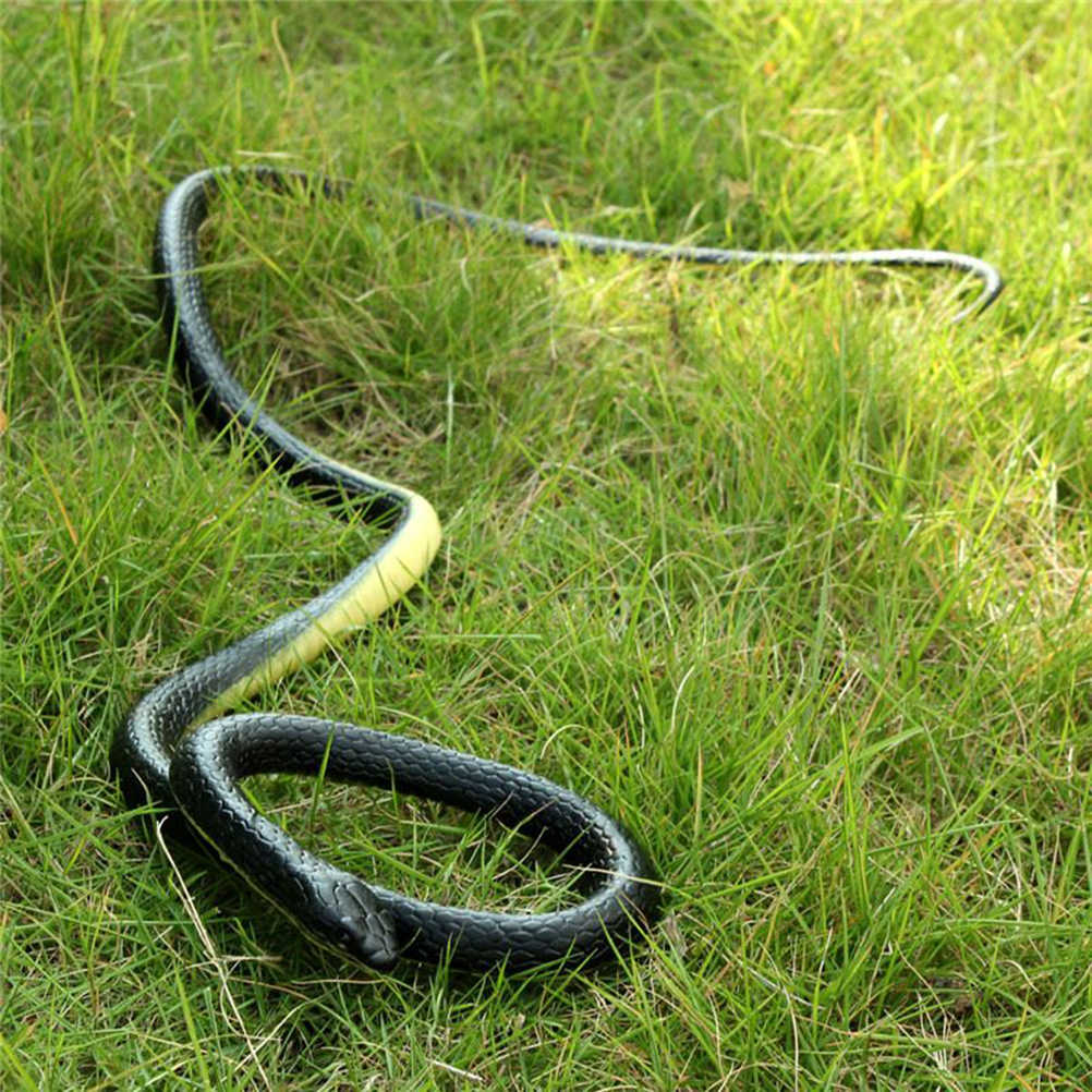 1 PC Realistic Soft Rubber Toy Snake Safari Garden Props Joke Prank Gift About 130cm Novelty And Gag Playing Jokes Toys