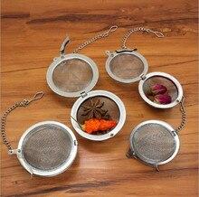 цены на 1PC Silver Tea Strainer Reusable Stainless Mesh Herbal Ball Tea Spice Teakettle Locking Tea Filter Infuser Spice PD 003 в интернет-магазинах